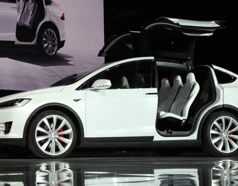 Tesla recall, crash, accident,