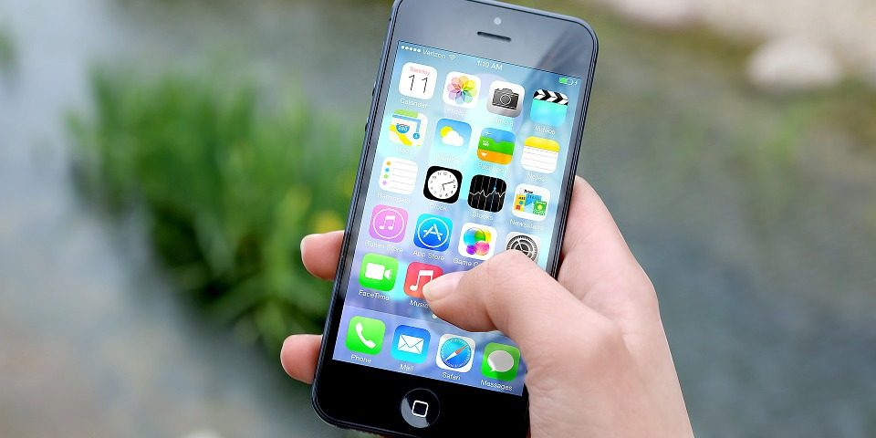 iPhone, recall, burn injury, safety, accident, distracted driving