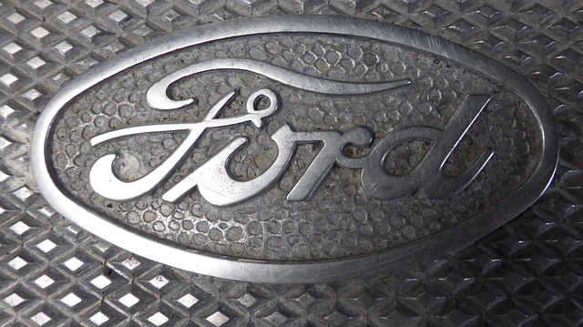 ford 422624 640