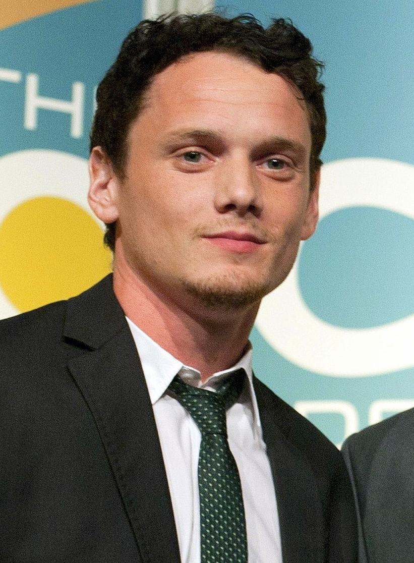 Anton Yelchin, accident, crash