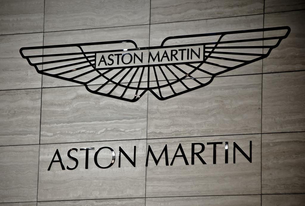 Aston6007587029 a53edf8369 b