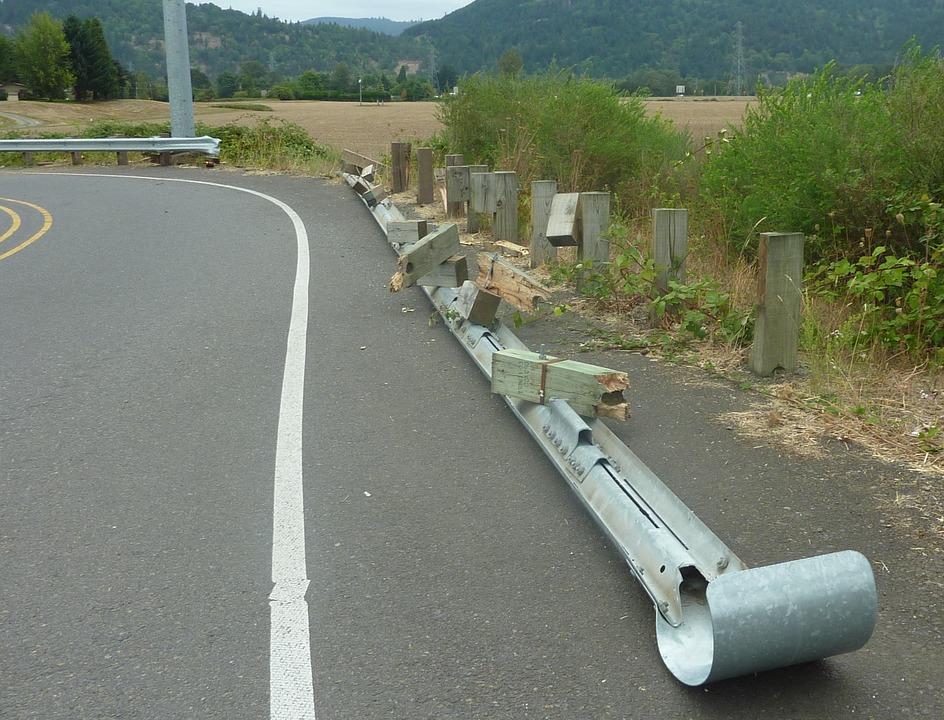 crash barrier 254028 960 720