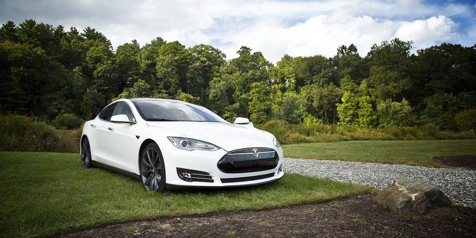 Tesla car accident crash