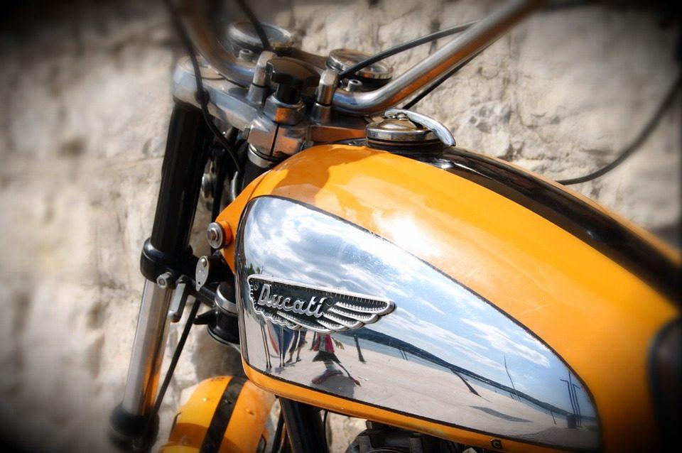 motorcycle minivan car recall safety