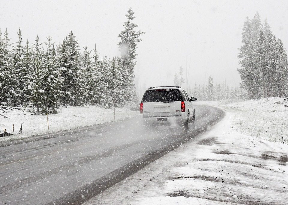 snow winter driving accidents Washington accident crash washington