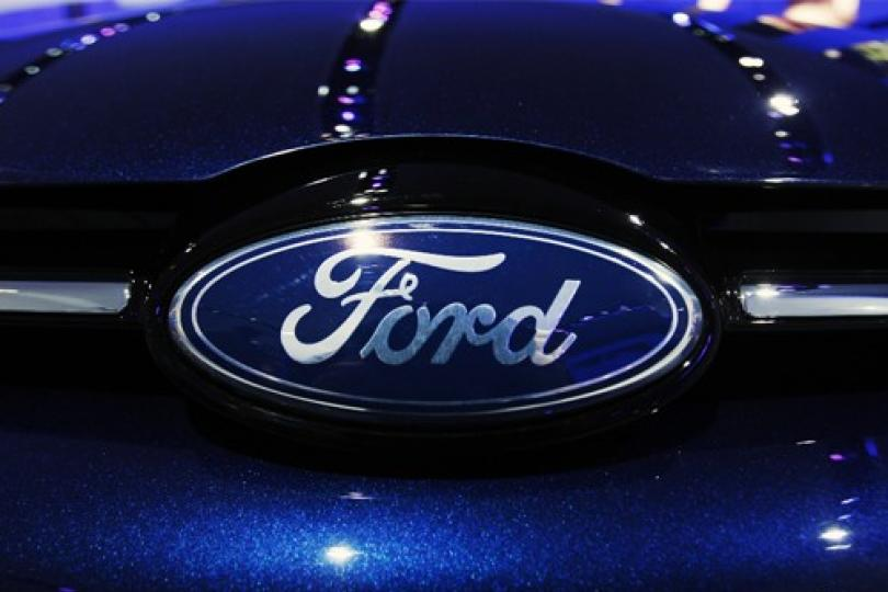 ford car accident recall